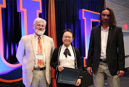 Peilan Zhang at the 2017 UF Drug Discovery Symposium